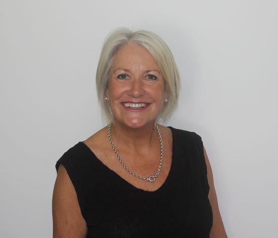 Eileen <br> Business Trainer
